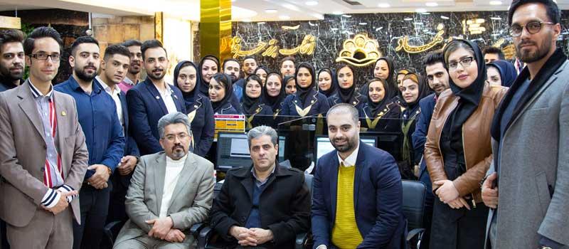 بازدید مدیرکل آموزش فنی و حرفه ای استان اصفهان از هولدینگ پارس